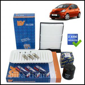 Kit Tagliando Filtri | Candele Per Toyota Aygo 1.000 51kw/68cv dal 2005>
