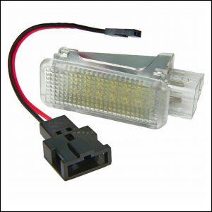 Lampadina Led Plafoniera per illuminazione vano bagagli Per Audi A1 (8X) dal 2010>