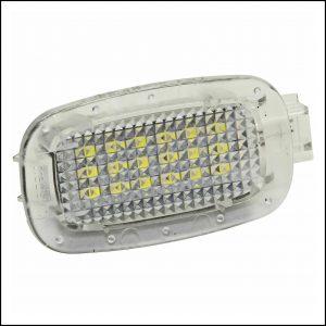 Lampadina Led Plafoniera per illuminazione vano bagagli Per Smart Fortwo Cabrio (451) dal 2007>